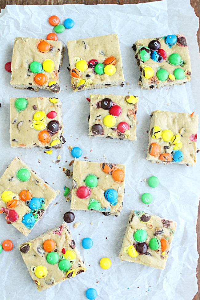 M & M Cookie Bars | Big Green House #bars #dessert #chocolate #m&mcandies