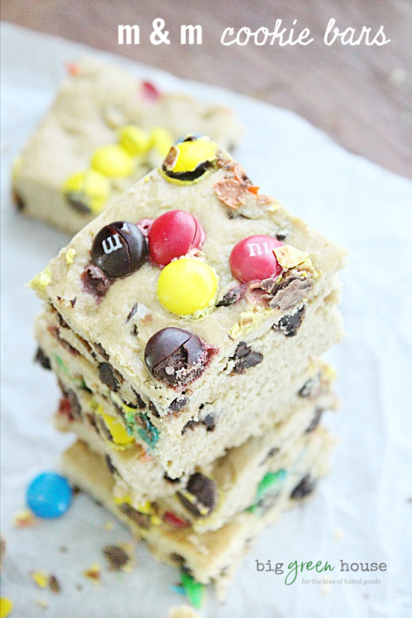 M & M Cookie Bars | Big Green House #bars #dessert #chocolate #m&mcandies