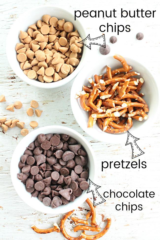 Dark Chocolate Peanut Butter Pretzel Cookies   Big Green House #peanutbutter #darkchocolate #pretzels #cookies