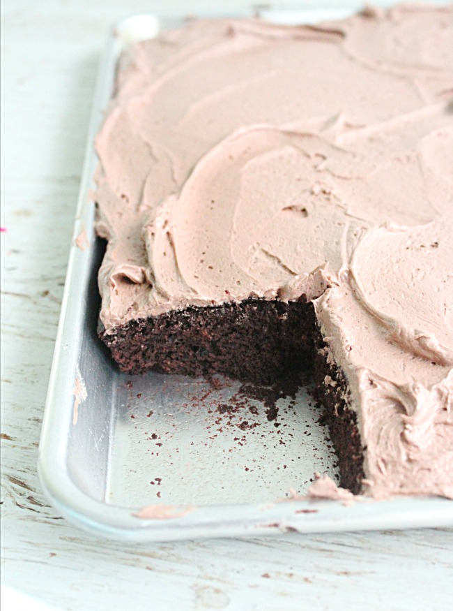 One Bowl Chocolate Sheet Cake with Sweetened Condensed Milk Frosting: Big Green House #cake #chocolatecake #sheetcake #sweetenedcondensedmilk