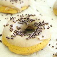 Baked Pumpkin Doughnuts with Maple Glaze - Big Green House #pumpkin #donuts #doughnuts #maple #glaze