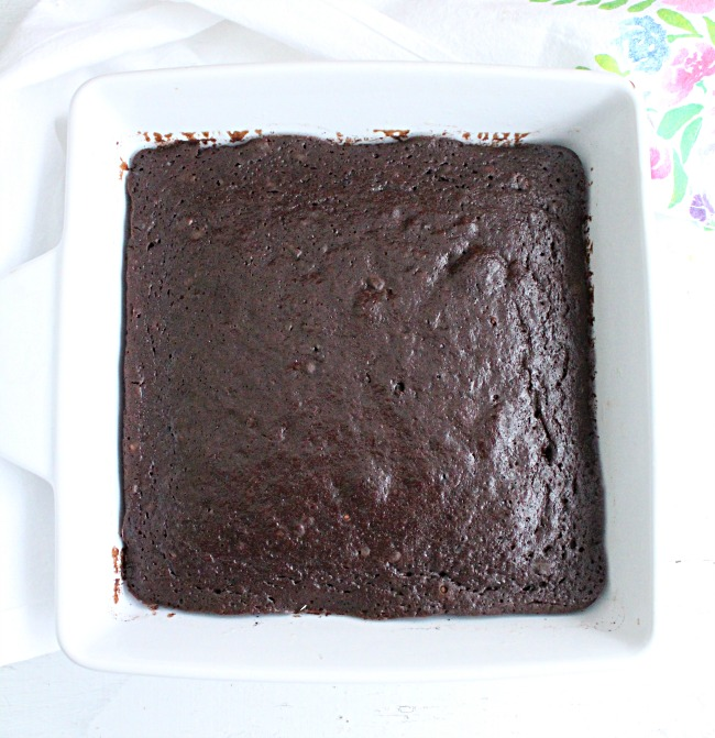 One Bowl Chocolate Snack Cake with Chocolate Buttercream Frosting- No Refined Sugar- Big Green House #chocolate #cake #chocolatecake #dessert #norefinedsugar #frosting #nopowderedsugar
