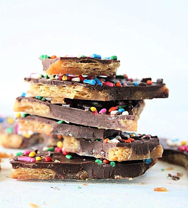 Cracker Toffee- Big Green House #biggreenhouseblog #crackertoffee #christmascrack #toffee #dessert