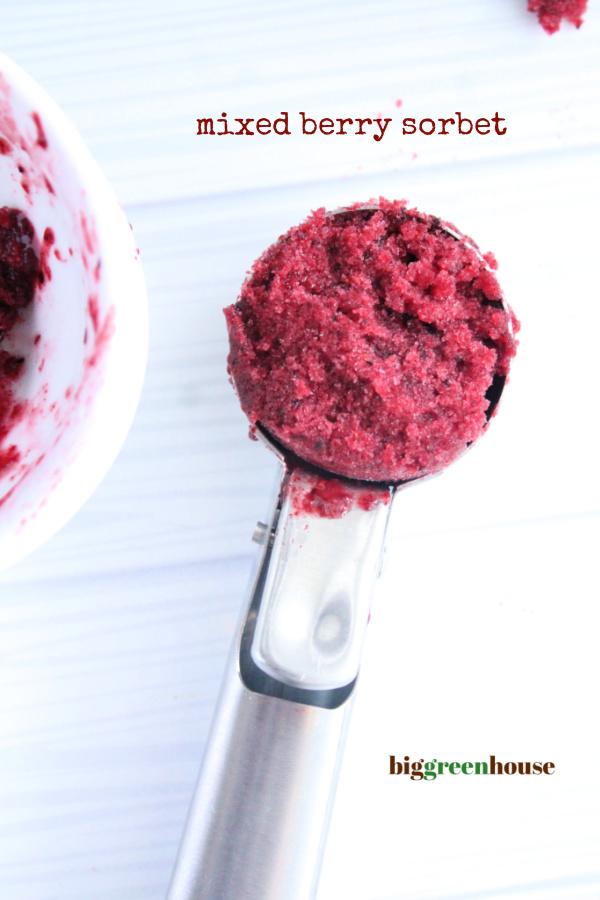 Mixed Berry Sorbet- Big Green House #biggreenhouseblog #mixedberries #sorbet #nobakedessert
